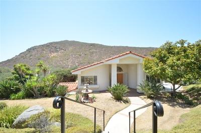 Single Family Home For Sale: 562 La Calma