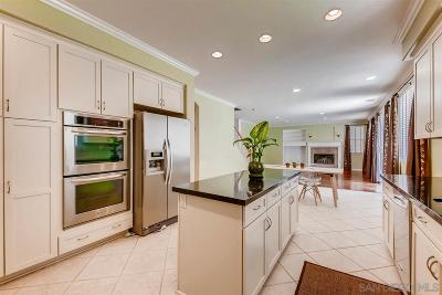 Escondido Single Family Home For Sale: 2434 Stevens Pl