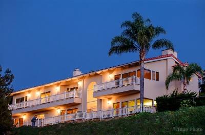 Single Family Home For Sale: 2428 La Costa Ave