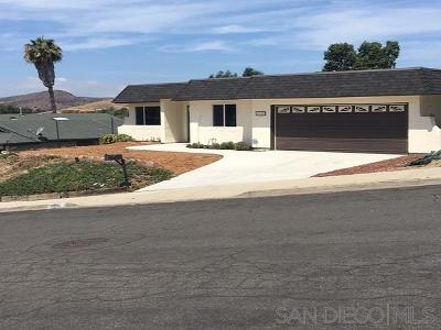 Oceanside Single Family Home For Sale: 4918 Concho Place