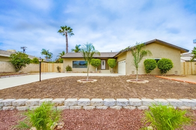 Bonita Single Family Home For Sale: 3730 Royal Pl