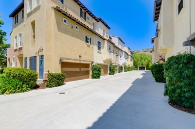 San Marcos Townhouse For Sale: 2160 Silverado St