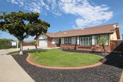 Escondido Single Family Home For Sale: 1032 Circle Dr