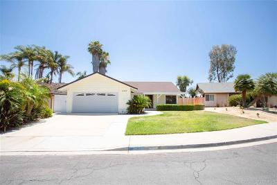 Oceanside Single Family Home For Sale: 4563 Stratford Circle