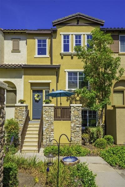 Santee Townhouse For Sale: 10160 Star Magnolia Ln