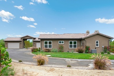 Valley Center Single Family Home For Sale: 30811 Hilltop View Ct.