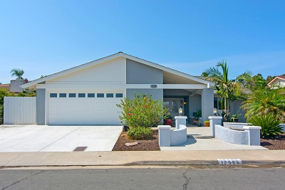 San Diego Single Family Home For Sale: 12589 Lomica Dr