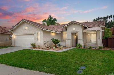 Single Family Home Contingent: 3326 Avocado Vista Ln