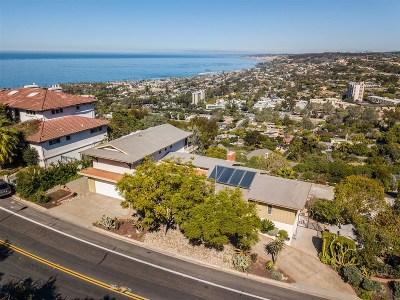 La Jolla Single Family Home For Sale: 7536 Via Capri