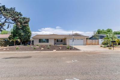 Bonita Single Family Home For Sale: 3725 Sarasona Way