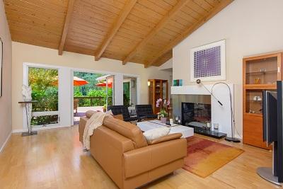 La Jolla Single Family Home For Sale: 6218 Calle Veracruz