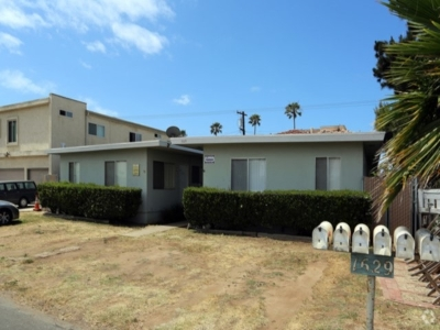 Oceanside Multi Family 5+ For Sale: 1629 S Myers