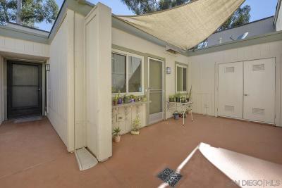 San Diego Townhouse For Sale: 9938 Caminito Chirimolla