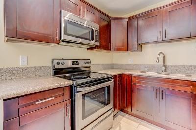La Mesa Attached For Sale: 4281 Lowell St #20