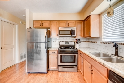 Vista Condo For Sale: 1011 Bartlett Dr.