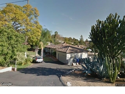 La Mesa Single Family Home For Sale: 9225 Dillon Dr.