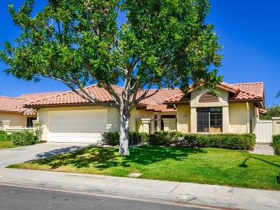 Single Family Home For Sale: 12551 Alcacer Del Sol