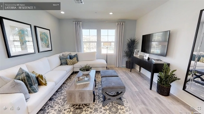 San Diego County Townhouse For Sale: 5992 Village Center Loop Rd #2