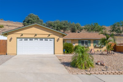 Santee Single Family Home For Sale: 9643 Cecilwood Drive