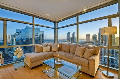 San Diego CA Attached For Sale: $939,000