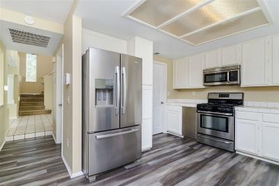 Single Family Home For Sale: 40043 White Leaf Lane