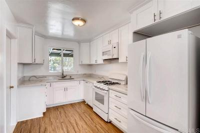 Single Family Home For Sale: 681 Robert Ave