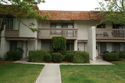 Carlsbad CA Townhouse For Sale: $457,000