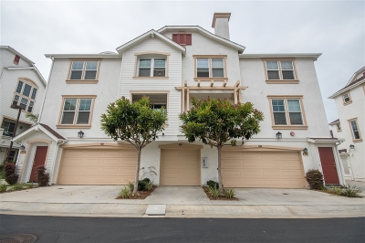 Oceanside CA Townhouse For Sale: $559,900