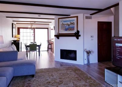 Townhouse For Sale: 8608 Villa La Jolla Drive #5