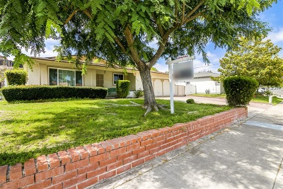 Single Family Home For Sale: 4452 Paola Way