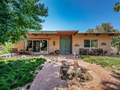 Fallbrook Single Family Home For Sale: 2742 Los Alisos Dr