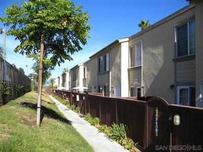 Townhouse For Sale: 5402 Balboa Arms Dr #322