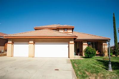 Wildomar Single Family Home For Sale: 33773 Harvest Way E