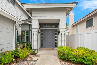 Single Family Home For Sale: 17095 Carranza Dr