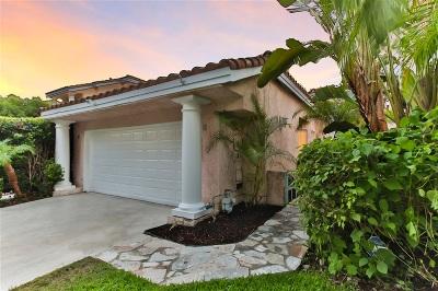 Vista Single Family Home For Sale: 1547 Golfcrest Place