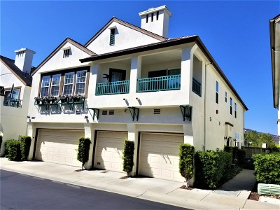 Townhouse For Sale: 16971 Meadowlark Ridge Rd #2
