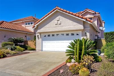 Vista Single Family Home For Sale: 2434 Eagle Crest Lane