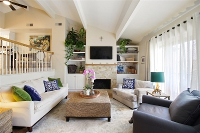 Carlsbad Townhouse For Sale: 7319 Alicante #B