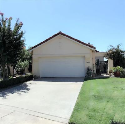 Vista Single Family Home For Sale: 2480 Links Way