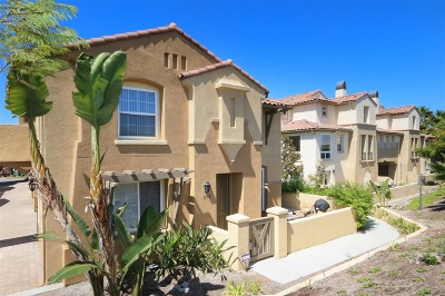 Chula Vista Townhouse For Sale: 1555 Caminito Zaragosa