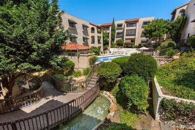Attached For Sale: 2522 Clairemont Dr #204
