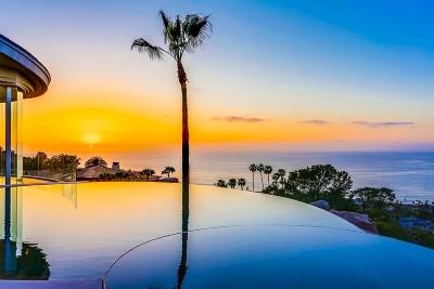 La Jolla Single Family Home For Sale: 7455 Hillside Dr