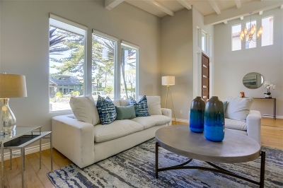 La Jolla Single Family Home For Sale: 435 Retaheim Way