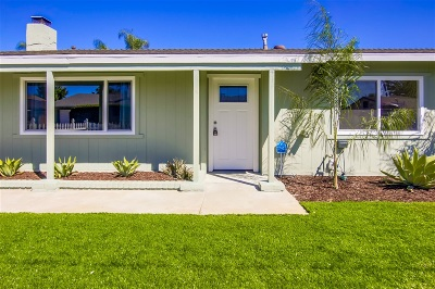 Poway Single Family Home For Sale: 13315 Rollin Glen Rd