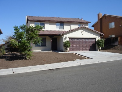 Chula Vista Single Family Home For Sale: 905 Newprt Ct