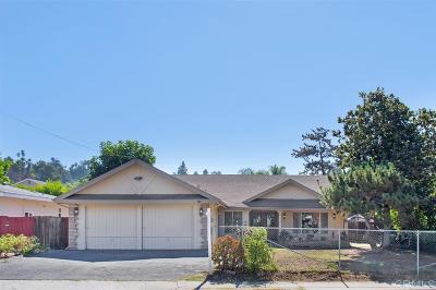 Escondido Single Family Home For Sale: 1042 Chestnut St