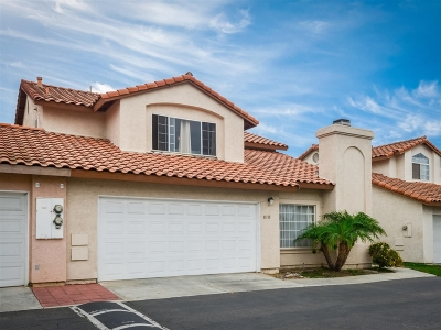 Chula Vista Townhouse For Sale: 1573 Avenida Rosa