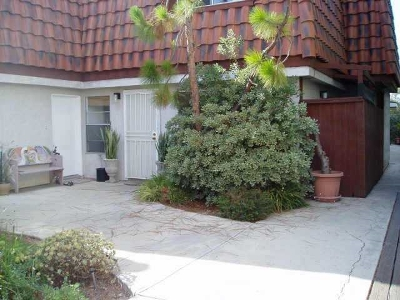 San Diego Attached For Sale: 3050 Suncrest Dr. #7