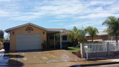 San Diego Single Family Home For Sale: 2585 Elm Avenue