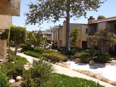 San Diego CA Townhouse For Sale: $394,900
